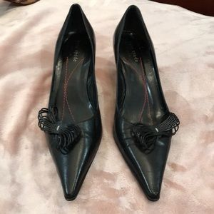 Kate Spade 8.5 black kitten heels shoes AA narrow